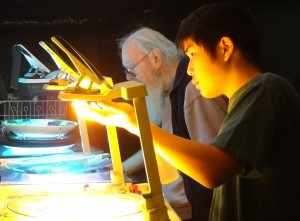 Bill Ham is having workshop for the next generation. Kaishi and Ramsi. photo by emi